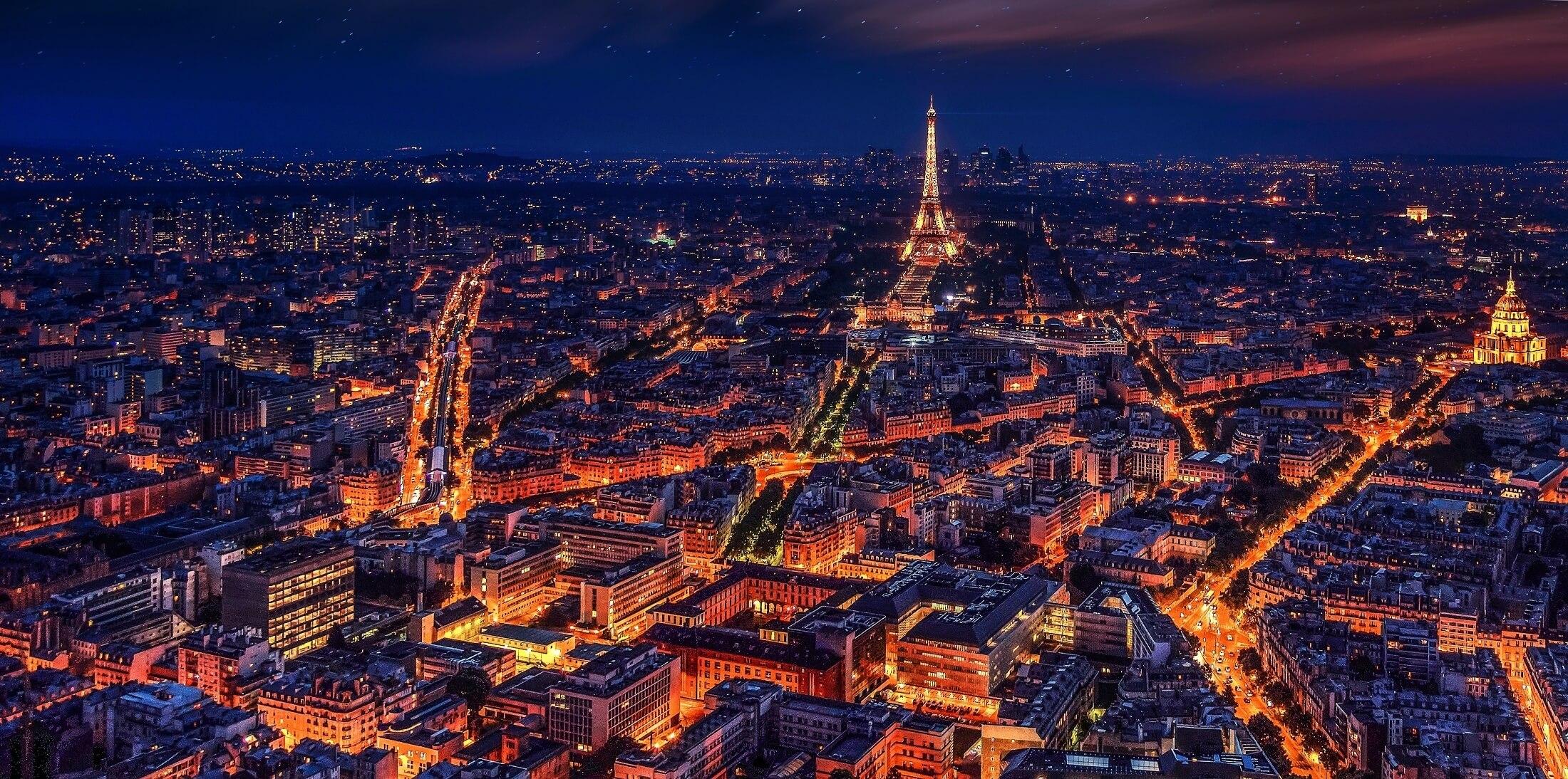 フランス・パリの夜景